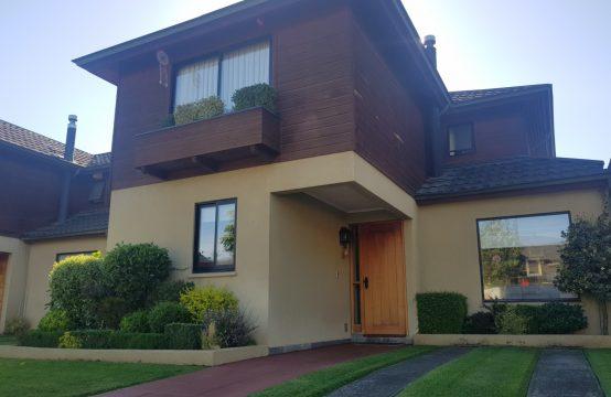 Se Vende Preciosa Casa Amoblada 4D 4B, Valle Alcala, Temuco