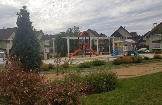 Se Arrienda Casa 4D 3B Condominio Londrina Garden