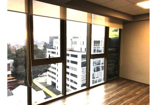 Se vende linda oficina en edificio uno K