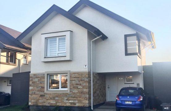 Se Vende Hermosa Casa de Tres pisos Puerta del Sol Sector Alto Mirasur -Temuco