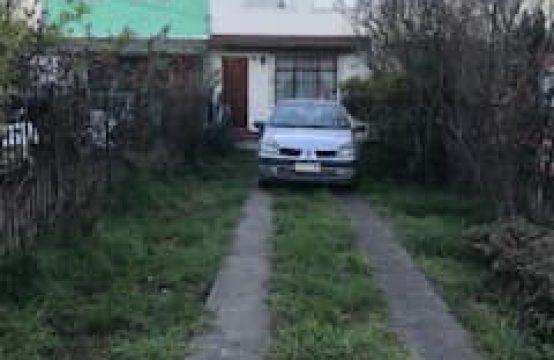 Se arrienda amplia casa calle Zenteno