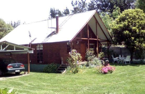 Se vende Casa con gran Terreno en Pillanlelbún