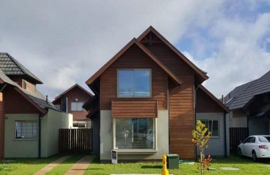 Se Arrienda cómoda casa en Condominio Alto Mirasur II