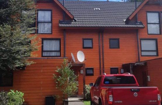 Se vende casa en condominio Pucón